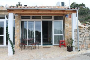 Mali Iž, Iž, Property 15278 - Apartments in Croatia.