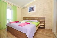 Apartments with a parking space Gradac (Makarska) - 15282