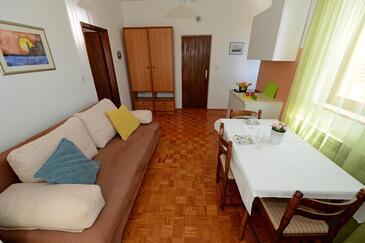 Zadar - Diklo, Obývací pokoj v ubytování typu apartment, WiFi.