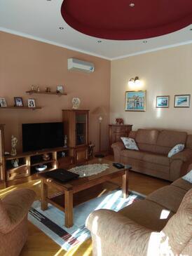 Trogir, Camera di soggiorno nell'alloggi del tipo apartment, condizionatore disponibile e WiFi.