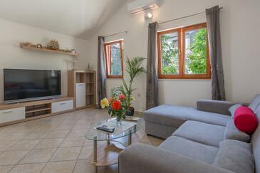 Ždrelac, Obývací pokoj v ubytování typu house, s klimatizací a WiFi.