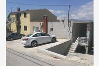 Апартаменты с парковкой Podstrana (Split) - 15377