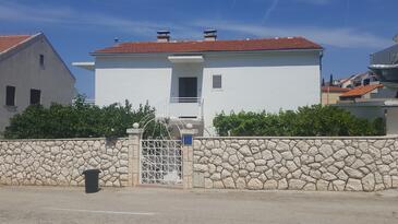 Hvar, Hvar, Alloggio 15378 - Appartamenti e camere con la spiaggia ghiaiosa.