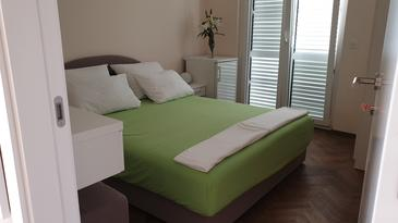 Hvar, Dormitorio in the room, air condition available, (pet friendly) y WiFi.