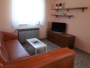 Valbandon, Obývací pokoj v ubytování typu apartment, s klimatizací, domácí mazlíčci povoleni a WiFi.