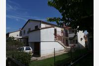 Apartments with a parking space Valbandon (Fažana) - 15386
