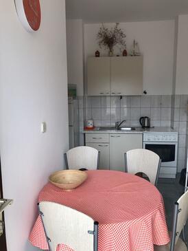 Pirovac, Кухня в размещении типа apartment, WiFi.