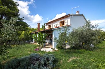 Pašman, Pašman, Property 15437 - Vacation Rentals by the sea.