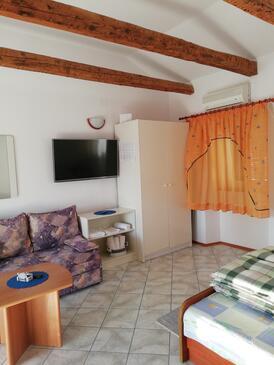 Punat, Nappali szállásegység típusa studio-apartment, háziállat engedélyezve és WiFi .