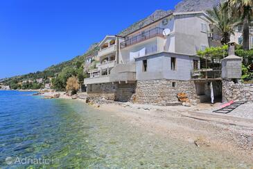 Brist, Makarska, Объект 15465 - Апартаменты вблизи моря с галечным пляжем.