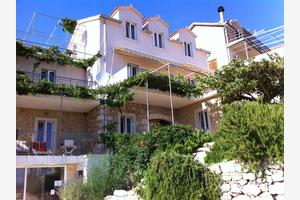 Apartments with a parking space Ivan Dolac, Hvar - 15483