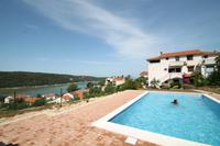 Family friendly apartments with a swimming pool Kampor (Rab) - 15518