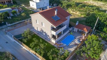 Kaštel Stari, Kaštela, Объект 15531 - Дом для отдыха с галечным пляжем.