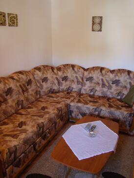 Povljana, Obývací pokoj v ubytování typu apartment, domácí mazlíčci povoleni a WiFi.