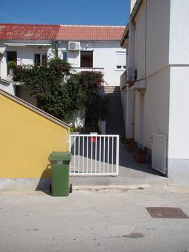Povljana, Pag, Objekt 15532 - Ubytování s písčitou pláží.