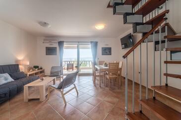 Barić Draga, Гостиная в размещении типа apartment, доступный кондиционер и WiFi.