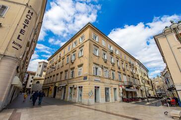 Rijeka, Rijeka, Property 15615 - Apartments with pebble beach.