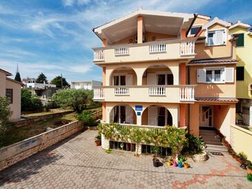Srima - Vodice, Vodice, Property 15621 - Apartments by the sea.