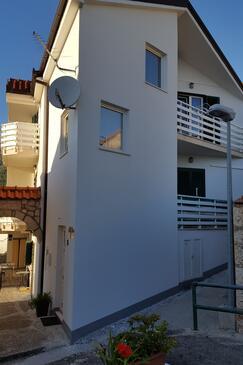 Gradac, Makarska, Objekt 15642 - Ubytování v blízkosti moře s oblázkovou pláží.