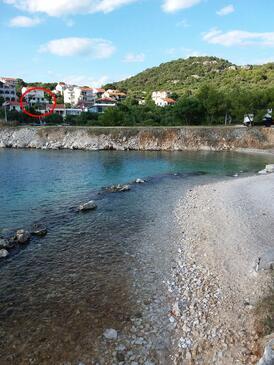 Okrug Donji, Čiovo, Объект 15655 - Апартаменты вблизи моря с галечным пляжем.