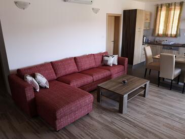 Cres, Obývací pokoj v ubytování typu apartment, s klimatizací a WiFi.
