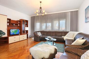 Kaštel Štafilić, Obývací pokoj v ubytování typu apartment, WiFi.