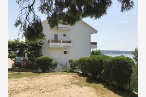 Апартаменты у моря Баньол - Banjol, Раб - Rab - 15679
