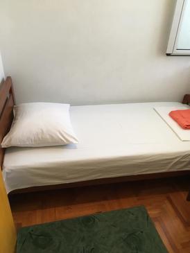 Hvar, Ložnice v ubytování typu room, WiFi.