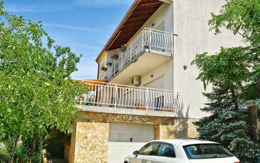 Šmrika, Kraljevica, Property 15709 - Apartments with pebble beach.