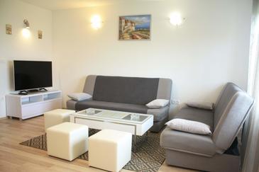 Kaštel Kambelovac, Obývací pokoj v ubytování typu apartment, s klimatizací a WiFi.