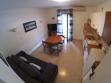 Brna, Obývacia izba v ubytovacej jednotke apartment, WiFi.