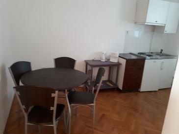 Nin, Столовая в размещении типа apartment, Домашние животные допускаются и WiFi.