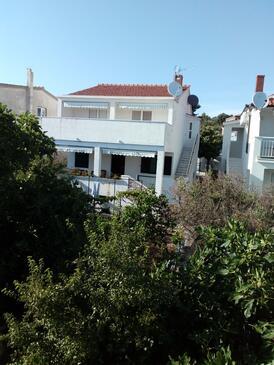Sevid, Trogir, Property 15742 - Apartments near sea with pebble beach.