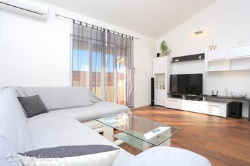 Krilo Jesenice, Camera di soggiorno nell'alloggi del tipo apartment, condizionatore disponibile e WiFi.