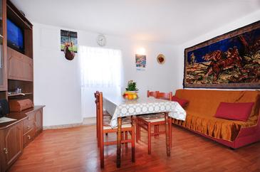 Borak, Living room in the apartment, WiFi.