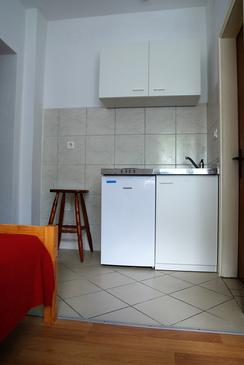 Biograd na Moru, Kitchen in the studio-apartment, WiFi.