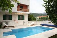 Family friendly apartments with a swimming pool Kaštel Lukšić (Kaštela) - 15773
