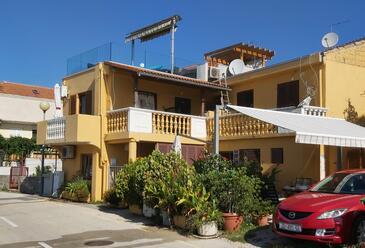 Posedarje, Novigrad, Objekt 15786 - Ubytování v blízkosti moře s oblázkovou pláží.