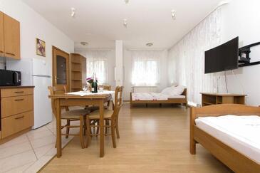 Kaštel Štafilić, Ebédlő szállásegység típusa studio-apartment, WiFi .