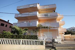 Apartments by the sea Okrug Gornji (Čiovo) - 15851