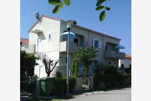 Apartmány s parkovištěm Nin (Zadar) - 15861