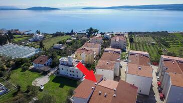 Kaštel Štafilić, Kaštela, Objekt 15867 - Ubytování s oblázkovou pláží.