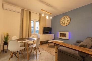Jušići, Living room in the apartment, WiFi.