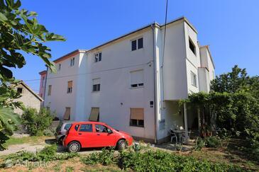 Kaštel Kambelovac, Kaštela, Объект 15885 - Апартаменты с галечным пляжем.