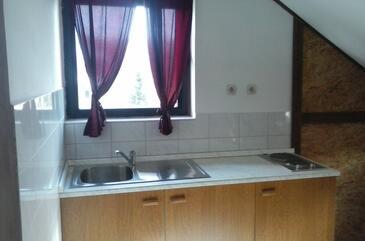 Mrkopalj, Kuchyně v ubytování typu studio-apartment, WiFi.
