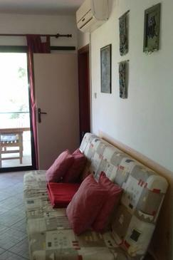 Črnja Luka, Living room in the apartment, air condition available, (pet friendly) and WiFi.