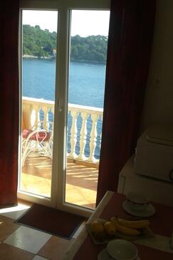 Sobra, Jídelna v ubytování typu studio-apartment, WiFi.