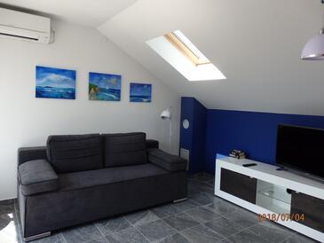 Milna, Гостиная в размещении типа apartment, доступный кондиционер, Домашние животные допускаются и WiFi.