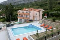 Family friendly apartments with a swimming pool Klis (Split) - 16005