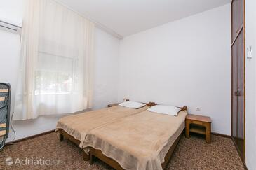 Gradac, Bedroom in the room, air condition available and WiFi.